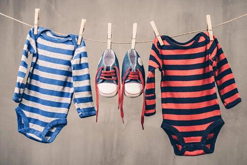 Babykleidung für die zweite Schwangerschaft