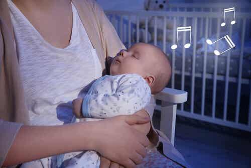 Die besten Schlaflieder für dein Baby