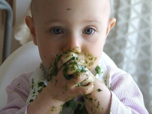 13 Ernährungstipps für Babys unter 3 Jahren