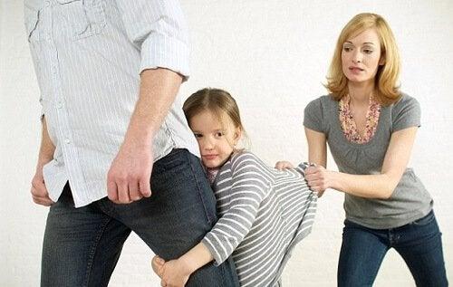 Wutanfälle in der Öffentlichkeit - Mädchen weigert sich Pap gehen zu lassen
