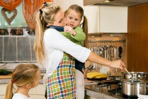 Mütter haben keine Ferien, sie stehen in der Küche