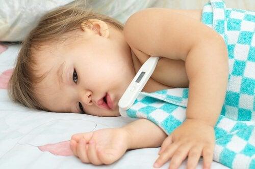 Die Nase deines Babys von Schleim befreien