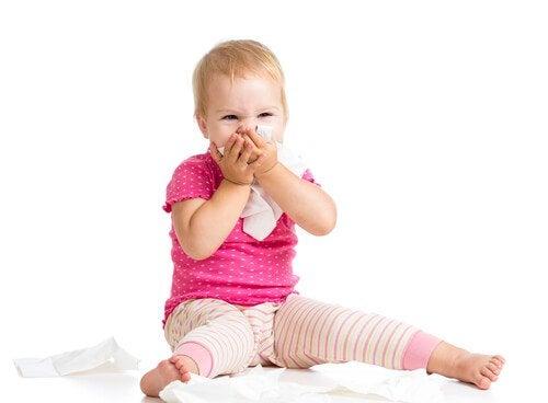Baby vor Erkältung schützen - indem es seine Nase putzt