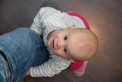 Bindungsstörung: Ursachen und Behandlungsmöglichkeiten