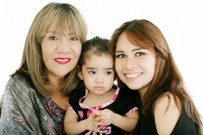 Familienmitglieder geben Ungewollte Tipps in der Schwangerschaft