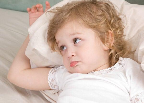 Warum wollen Kinder vor dem Schlafengehen Wasser?