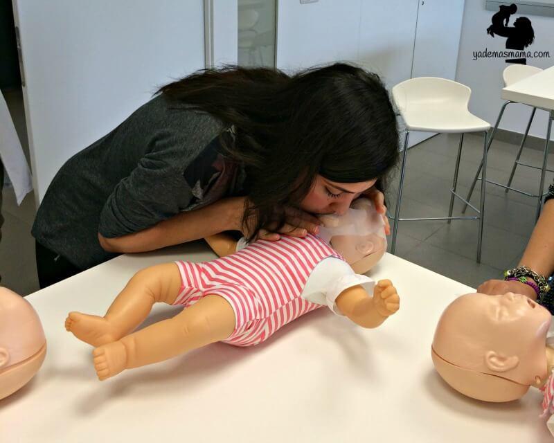 Wie du das Leben deines Kindes rettest wenn es plötzlich nicht mehr atmet!