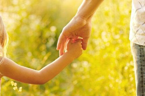 Mutter sein bedeutet Kindererziehung und -führung
