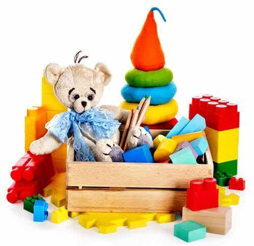 Das richtige Spielzeug für jedes Alter
