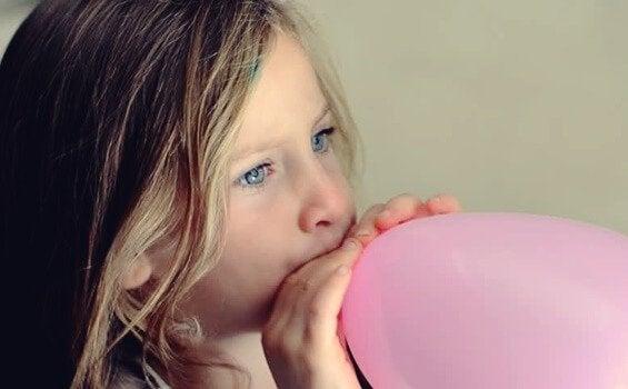 Kinder mit der Ballontechnik beruhigen