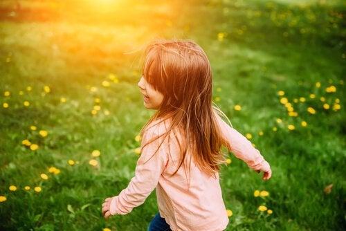 Die Haar- und Augenfarbe von Kindern kann Generationen überspringen