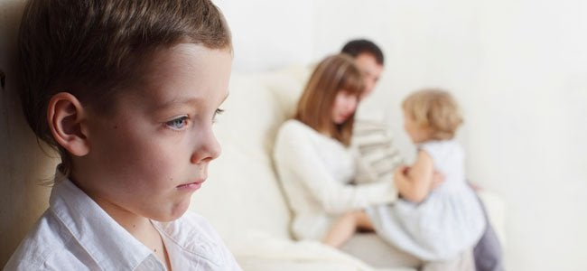 zweiten Kind - eifersuechtiges-geschwisterkind