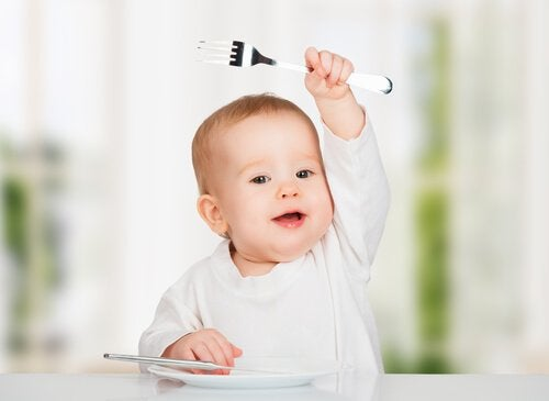 10 gefährliche Nahrungsmittel für Babys