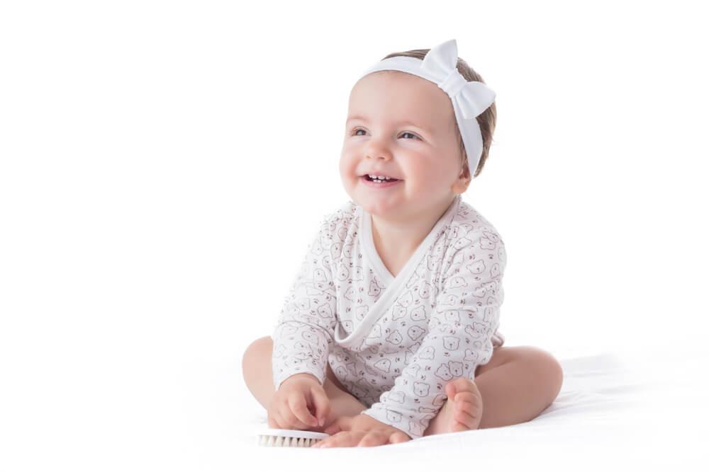 Vorsicht, wenn du Kopfbänder oder Stirnbänder für Babys benutzt