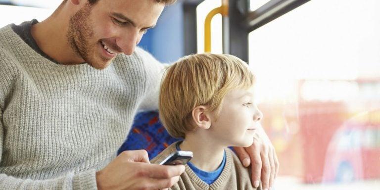 Handysucht schaden den Kindern
