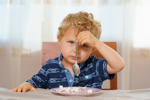 Wenn das Baby nichts isst, nicht beunruhigen lassen