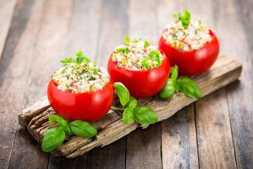 Schnelle Abendessen Ideen - Schnelle-Abendessen-Ideen-gefuellte-Tomaten