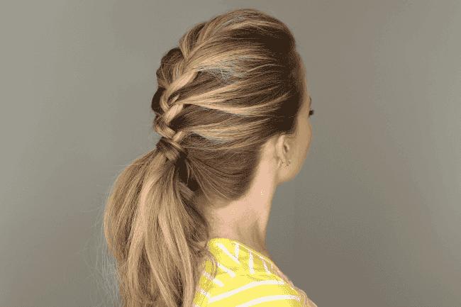 8 einfache Frisuren für Mütter in Zeitnot