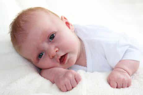 Ursachen für Erbrechen bei Babys