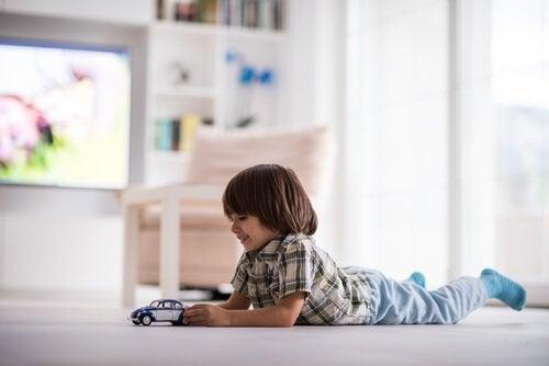 Kinder alleine zu Hause: Ab welchem Alter?
