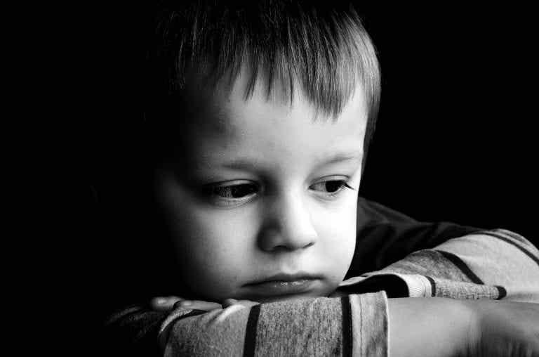 Merkmale von Kindern mit Bindungsstörungen
