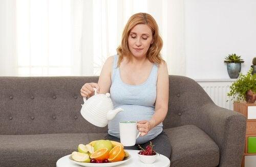 Hunger in der Schwangerschaft mit gesundem Essen vermeiden.