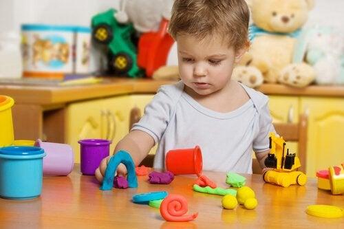 Die Vorteile von Knete für Kinder