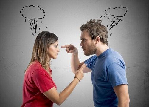 Streiten vor den Kindern: Keine gute Idee!