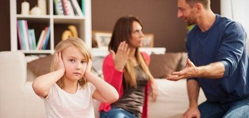 Streiten vor den Kindern