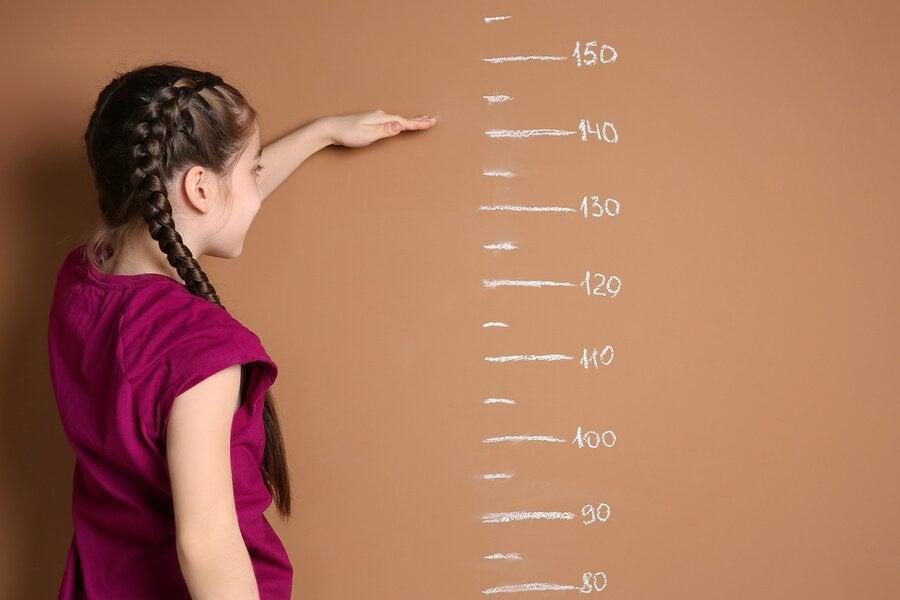 Wann endet das Wachstum und die Entwicklung bei Mädchen?