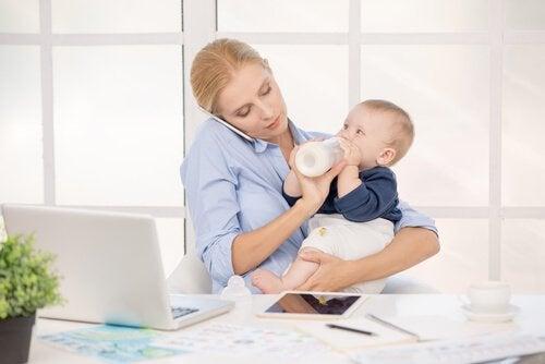 berufstätige Mütter
