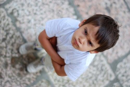 Der Umgang mit schwierigen Kindern erfordert Konsequenz