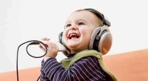 Glückliche Kinder und was wir von ihnen lernen können
