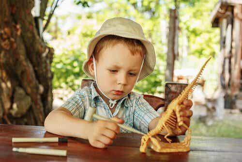 Kinder lieben Dinosaurier - warum eigentlich?