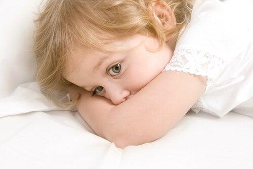 Kind mit leichter Sprachverzögerung 2