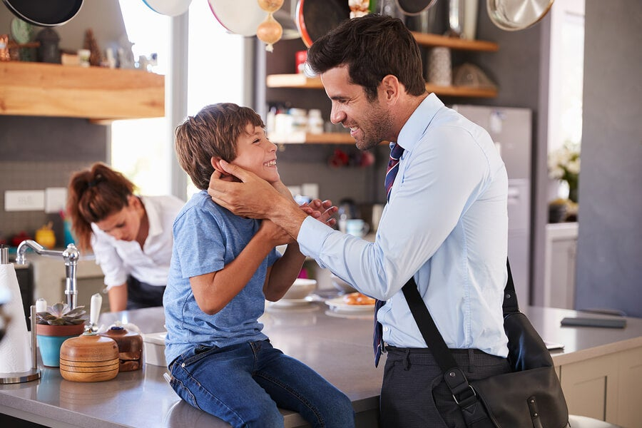 Warum sollten Eltern sich verabschieden, bevor sie gehen?