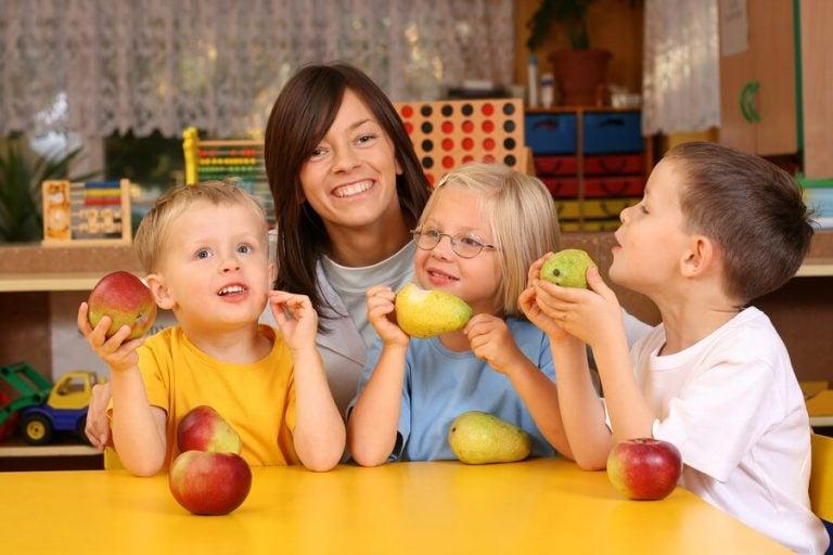 8 gesunde vitaminreiche Lebensmittel für Kinder