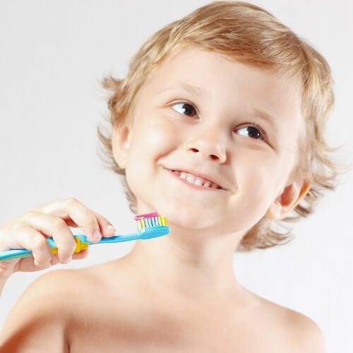 Gute Gewohnheiten: tägliches Zähneputzen