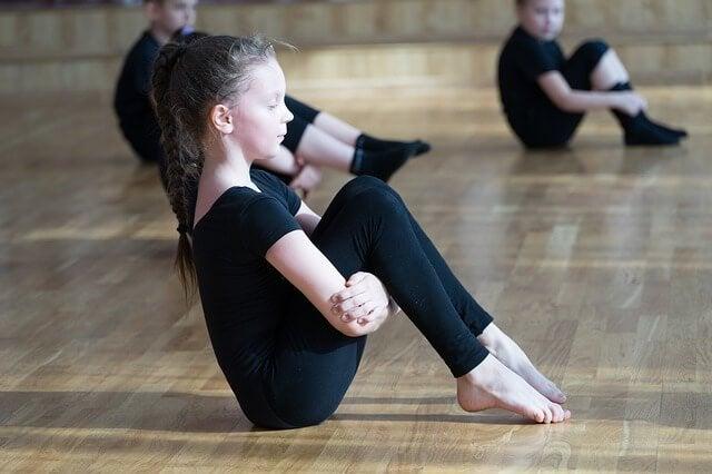 Rhythmische Sportgymnastik für Kinder - Vorteile