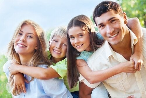 Gute Verhaltensregeln sin der Schlüssel für ein freidvolles Zusammenleben der Familie und nicht zuletzt der Gesellschaft.