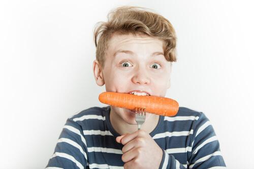 Karotten als Lebensmittel zur Stärkung der Abwehrkräfte von Kindern.