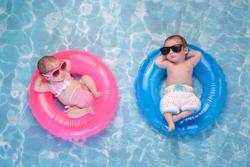 Pool mit Babys