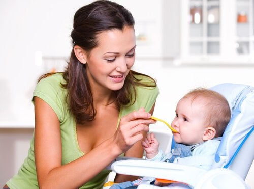 Die richtige Ernährung während des ersten Lebensjahres