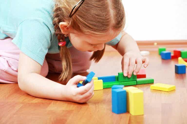 Alleine spielen ist wichtig für Kinder