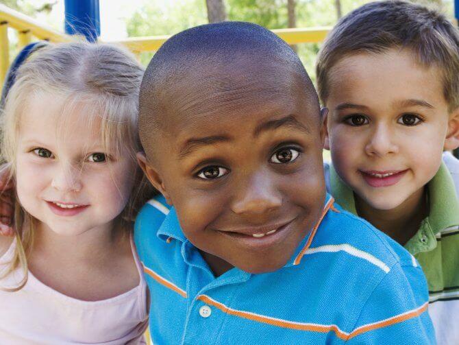 Kinder in Vielfalt und Toleranz erziehen