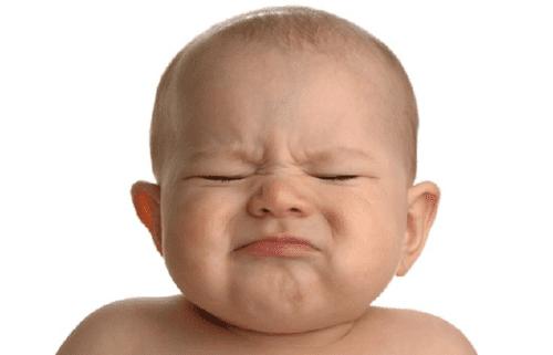 Massage gegen Verstopfung bei Babys