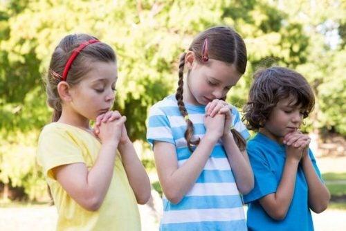 Kind näher zu Gott - Kind_näher_zu_Gott