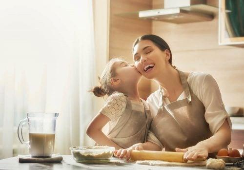 Wie die Augen einer Tochter die Liebe ihrer Mutter betrachten