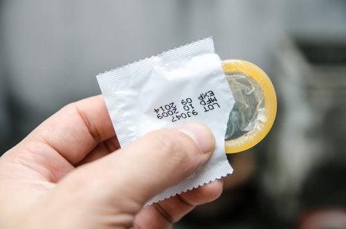 Das Kondom ist ein hormonfreies Verhütungsmittel