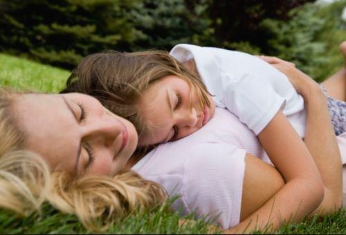 Liebe ist der Schlüssel für eine gesunde emotionale Entwicklung